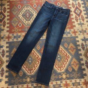 American Eagle NWT Jeans high rise straight sz 10
